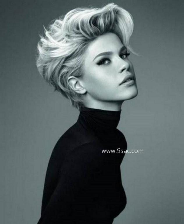 Kısa Hacimli Saç Kesim Modeli