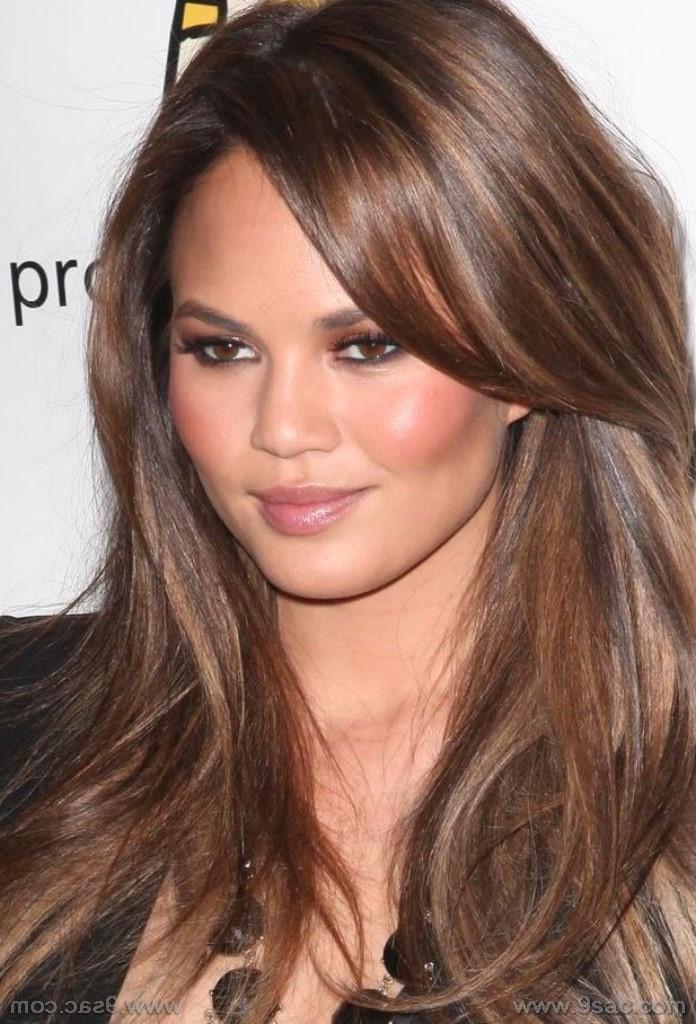 En Güzel Işıltı Saç Renkleri Ve Modelleri