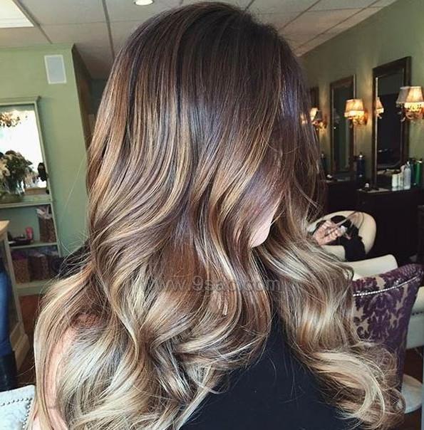 Kullu Sari Balyaj Renkleri Saç