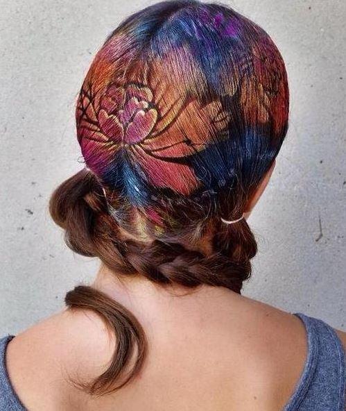 Kelebek Desenli Saç Modeli