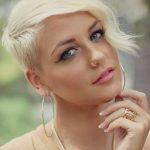 Katlı sarı pixie saç kesimleri 2016