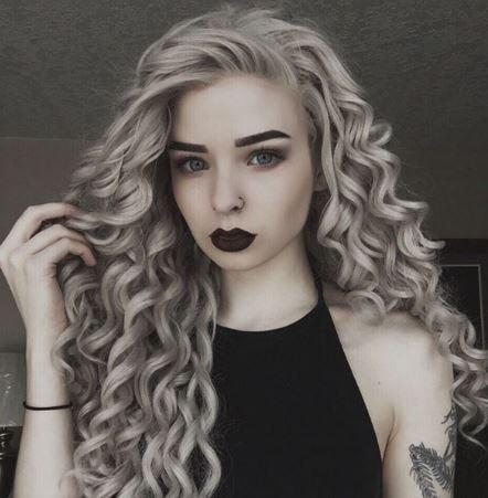 Kıvırcık Gri Saç Modelleri