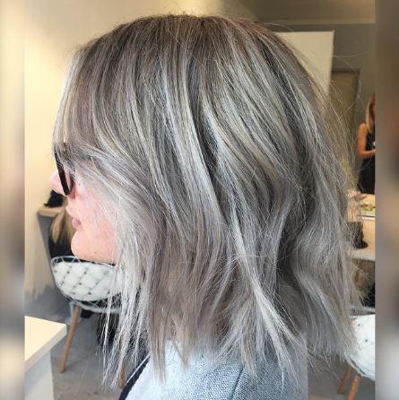 Orta Boylu Gri Saç Modelleri