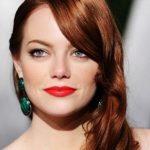 Beyaz Tenli̇ Kıza Hangi Saç Rengi Yakışır? Bakır Kızıl
