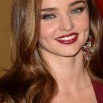 Beyaz Tenli̇ Kıza Hangi Saç Rengi Yakışır? Sarı Röfle