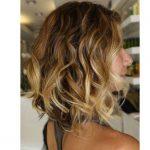 Dalgalı bob saç ombre saç renkleri