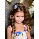 En guzel küçük kız çocuk düğün saç modelleri