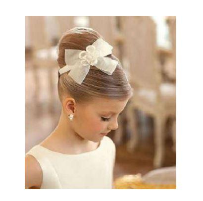 Küçük kız düğün saç modelleri