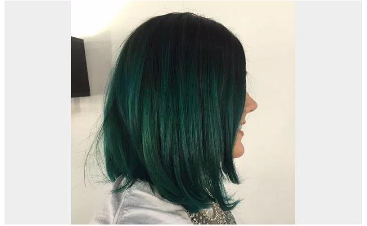 Siyah Zümrüt Yeşili Saç Rengi Ombre