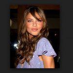 Adriana Lima Uzun Saç Modeli