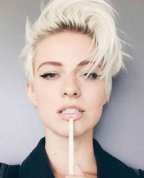 Kısa Punk Pixie Saç Modeli
