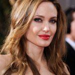 Angelina Julie Karamel Kahverengi 2017 Saç Rengi