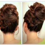 Nisan için Dağınık Dik Topuz Saç Modeli
