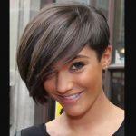 Siyah Kısa Saç Modelleri ile Bu Yaz Tarz Olun