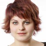 Kilolu Hanımlar için Yazlık Kısa Saç Modeli