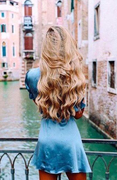 sarışın uzun dalgalı saç modelleri