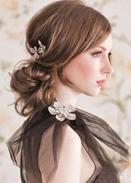 abiye için düğün saç modelleri