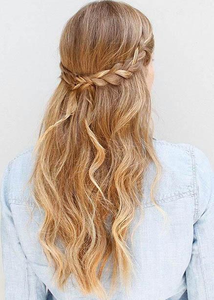 dalgalı örgü saç modelleri
