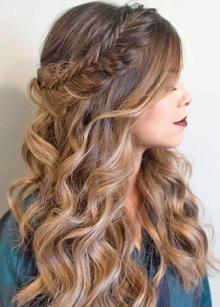 dalgalı saçlar için maşa saç modelleri